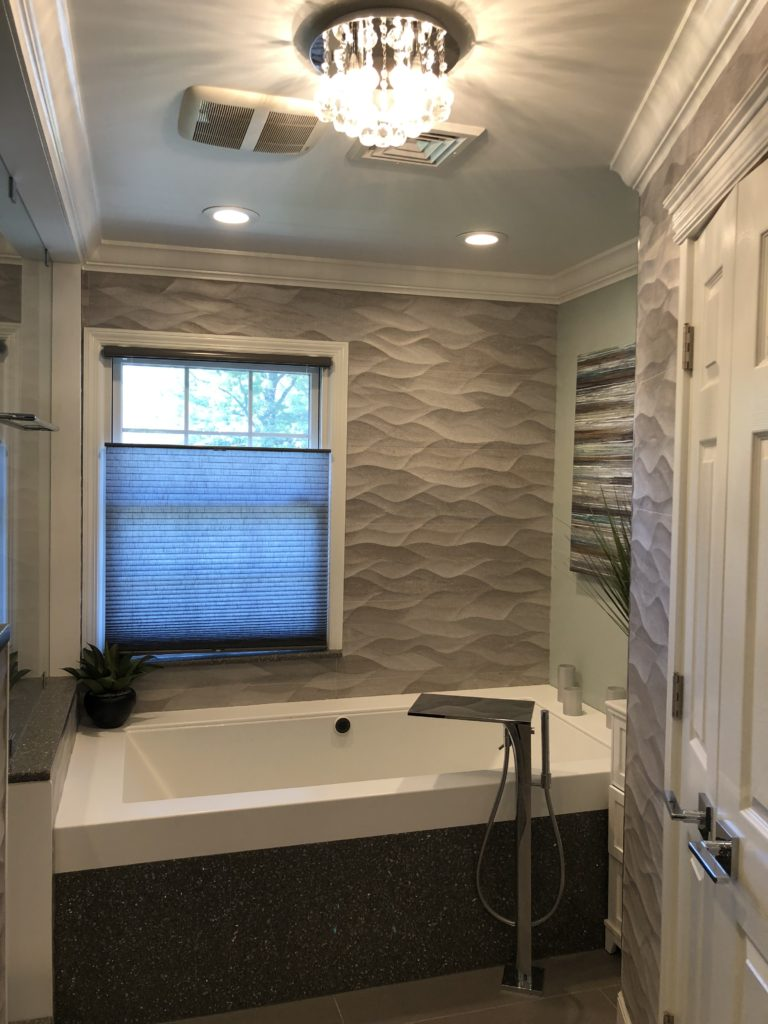 Master Bathroom Soaking Jetted Tub and Tile